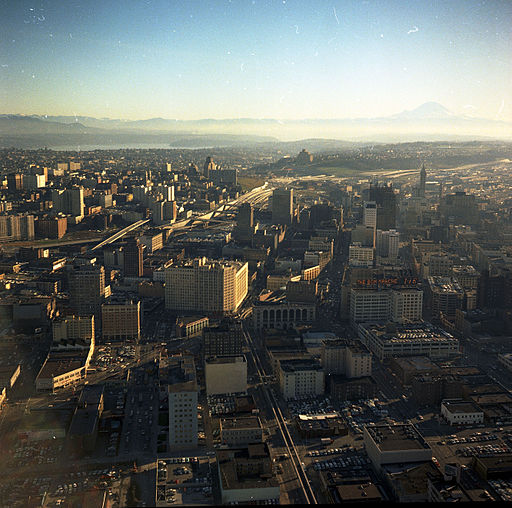 Aerial_view_of_Downtown_Seattle_and_Mt._Rainier,_1968 (1)