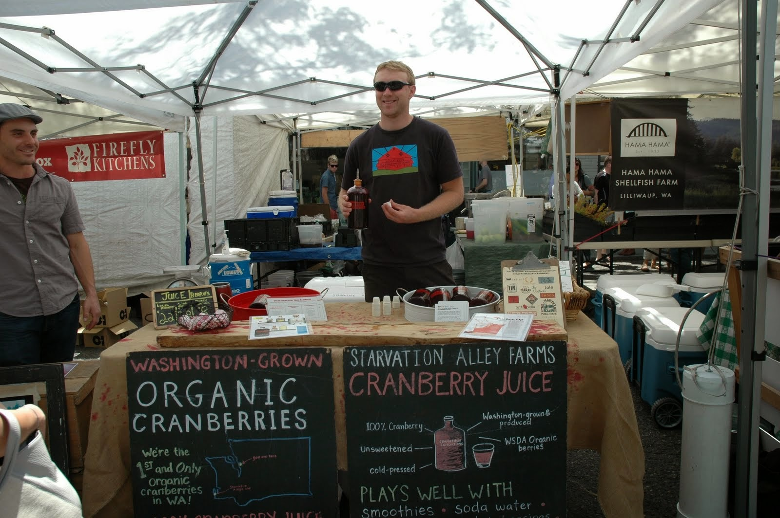 Washington has 1,700 acres of cranberry farms. Only 10 acres are organic, and they all belong to the same farm. The Ballard Farmer's Market is one of the few places where you can find these local, organic fruits.