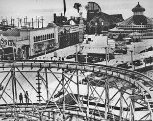 440px-Seattle_-_Luna_Park_-_1910-2