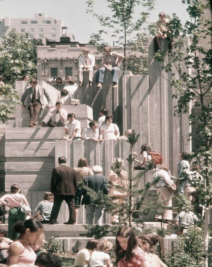 1024px-Seattle_-_Freeway_Park_c._1970s